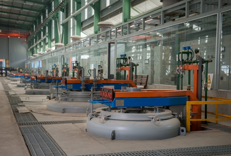 RQ系列细长杆工件悬挂可控气氛深井式渗碳炉